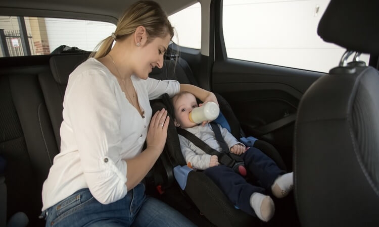 Can You Give A Baby Bottle While In The Car Seat?