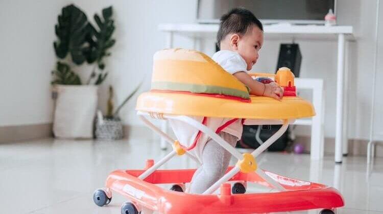 How Long Do Babies Use Walkers?