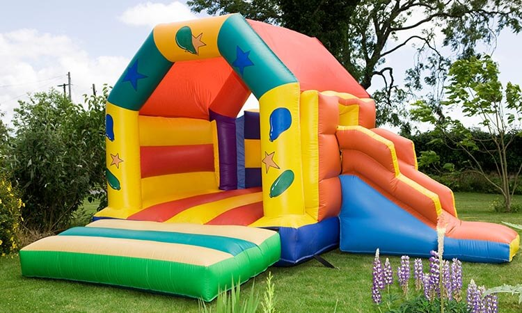 How Long Does It Take To Inflate A Bounce House?