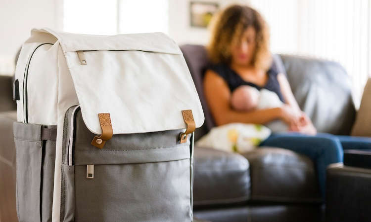 How To Choose A Diaper Bag: From Function To Style