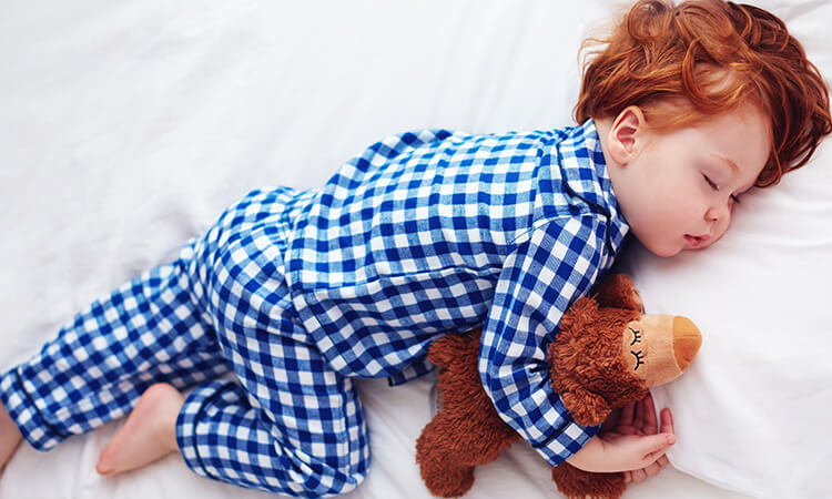 How To Dress Your Baby For Sleep