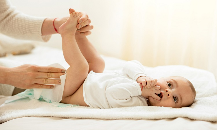 Should You Wipe Your Baby Every Diaper Change?