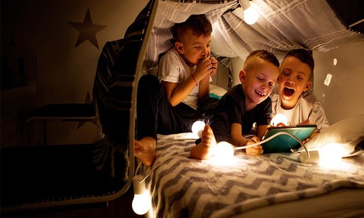 How To Make A Play Tent Canopy For Your Kids