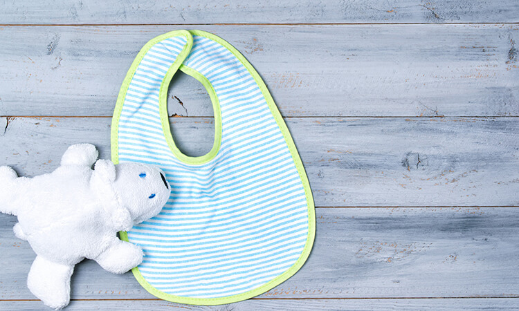 How To Make Baby Bibs From Washcloths, And More DIY