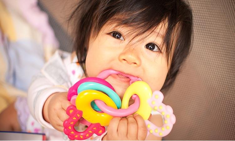 How-To-Sterilize-Teething-Toys