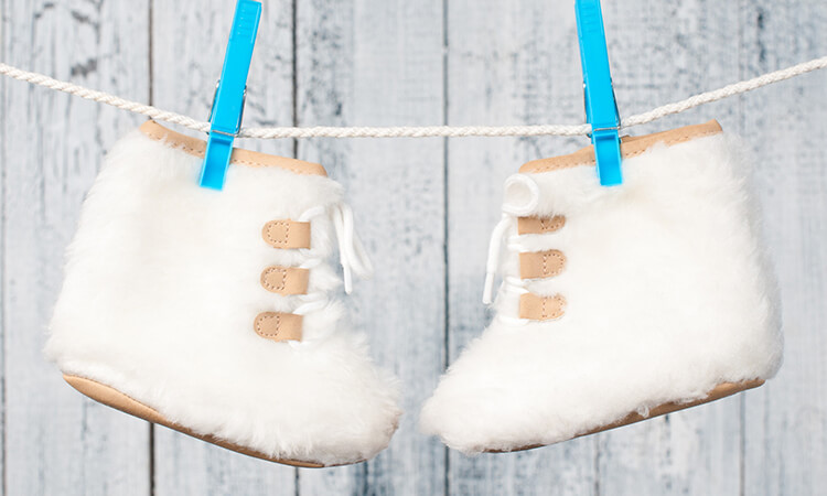 The-7-Best-Baby-Winter-Booties-That-Are-Cool