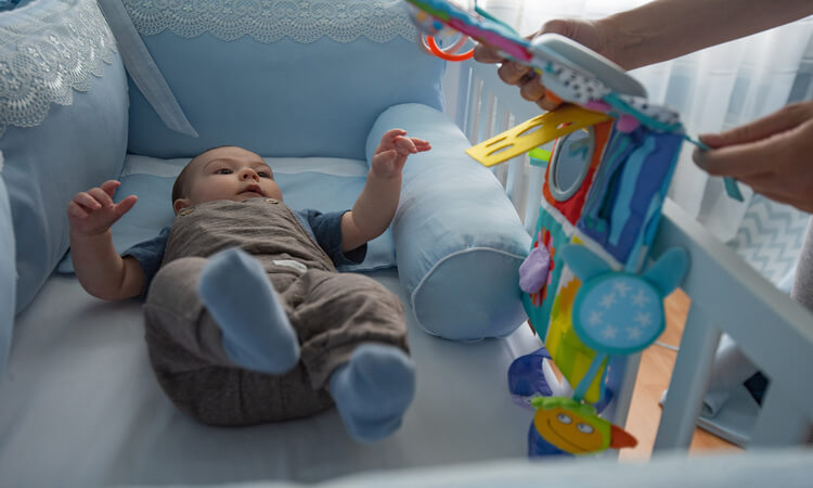 The-7-Best-Bassinets-or-Cradles-For-Your-Baby