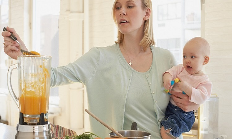 The-7-Best-Blenders-For-Baby-Food
