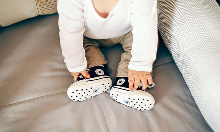 The 7 Best Infant Crib Shoes Babies Can Wear