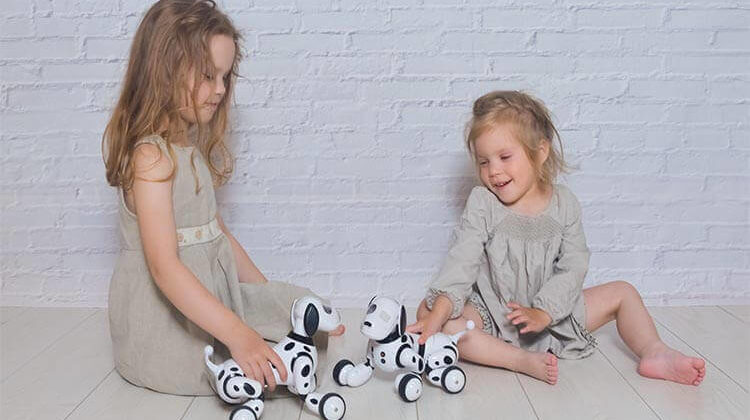 The 7 Best Interactive Robot Toys For Your Kids