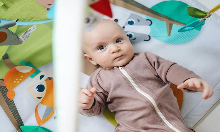 The 7 Best Organic Baby Onesies