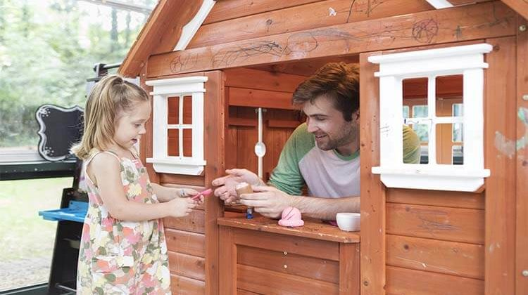 The 7 Best Outdoor Playhouses