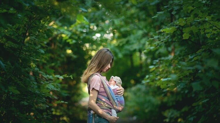 The 7 Best-Rated Baby Carriers For Newborns