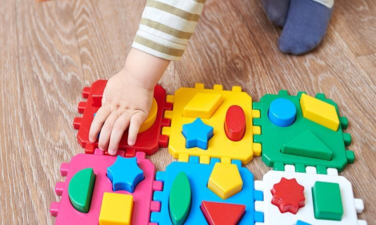 The 7 Best Shape Sorters For 1-Year-Olds