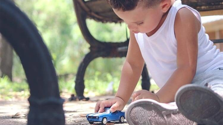 The 7 Best Travel Toys For Babies On-The-Go