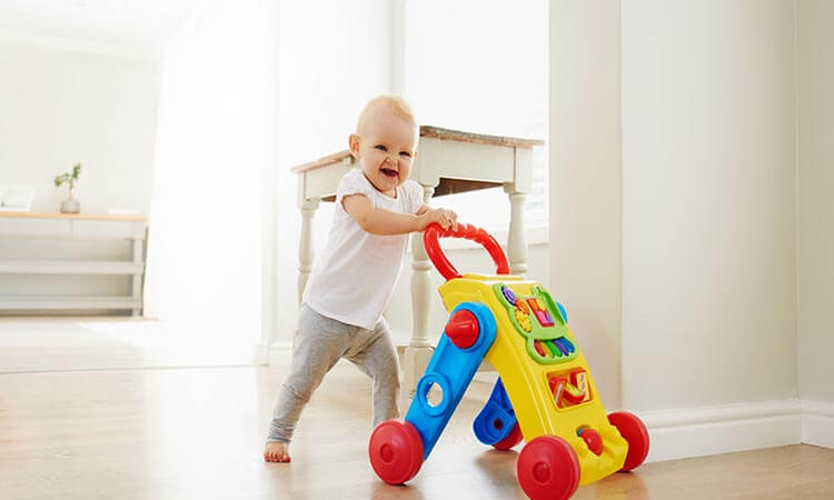 The 7 Best Walking Toys For Babies' Development