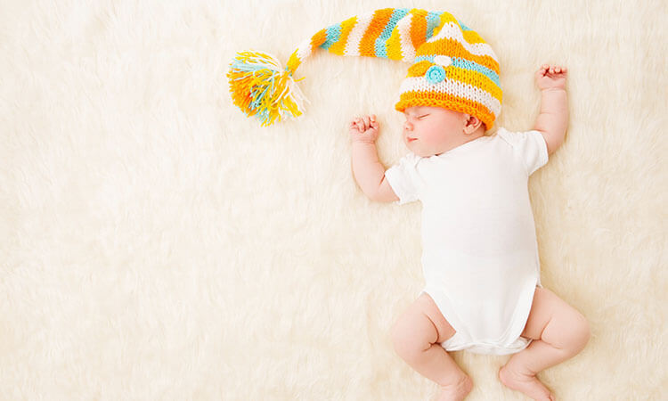 When-Do-Babies-Need-To-Stop-Wearing-Bodysuits